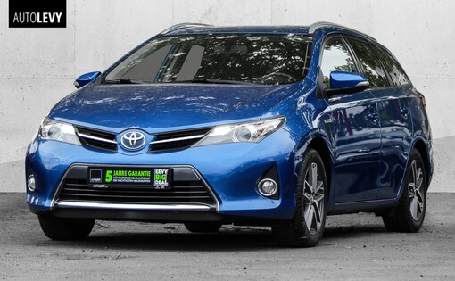 Auris Touring Sports Hybrid Dynamic