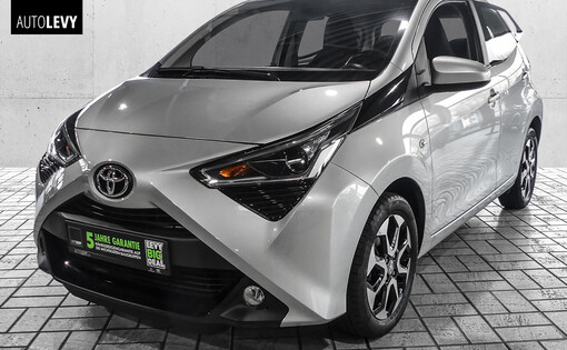 Aygo 1.0 X-Play Connect