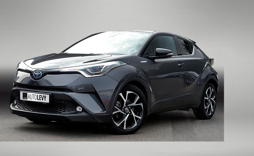 C-HR Hybrid Style Selection