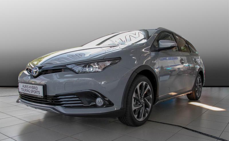Auris Hybrid TS Free Style