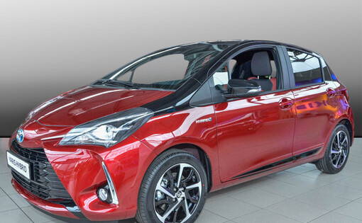 Yaris Hybrid Style Selection Red