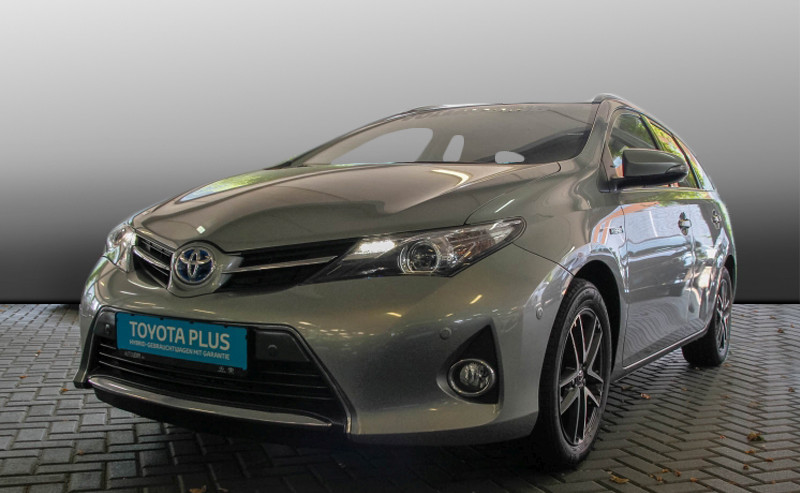 Auris Touring Sports Hybrid Edition