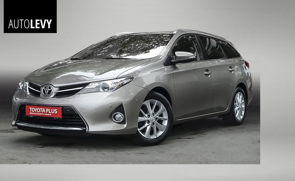 Auris Touring Sports 1.33 Life Plus